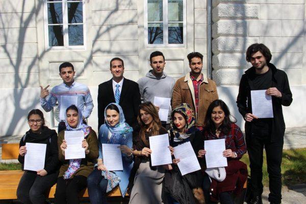 دانشجویان دانشگاه پزشکی پچ مجارستان
